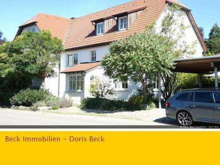 Traumhaus im Doppelpack - Zwei reizende EFH mit gr. Gärten, Garage und Carport