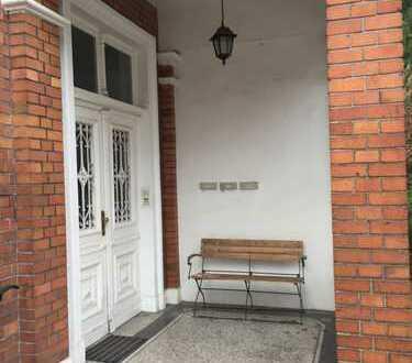 Erstbezug nach Sanierung: zentrale, großzügige 4-Zimmer-Wohnung mit Balkon in Bad Oeynhausen