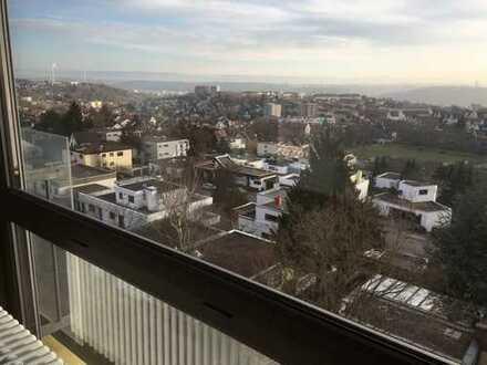 3,5 Zi.-Wohnung, Höhenlage mit Blick über Esslingen bis zur Schwäbischen Alb