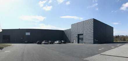 10.000 m² - Hochwertige Technologiehalle nahe Dresden zur Miete - sehr gute Infrastruktur