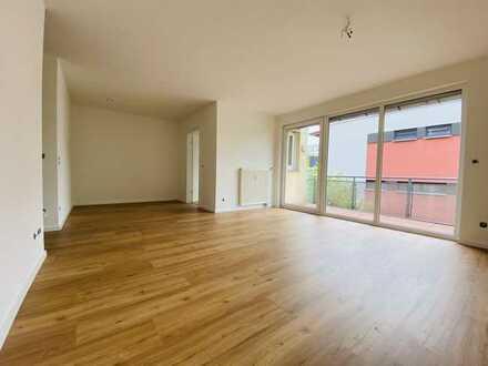 Bezugsfreie, renovierte 4-Z.-Wohnung in Striesen sucht neuen Eigentümer+++zwei Balkone++hell