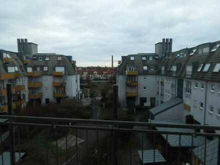 Attraktive 5- Raum-Maisonette-Wohnung mit 2 Balkonen in Grünau