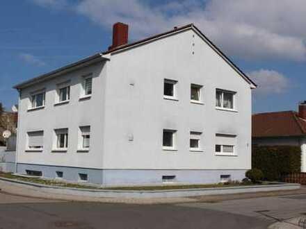 2-Familienhaus in guter Lage