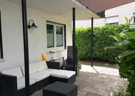 Großzügiges Ambiente mit Terrasse und eigenem Garten zum Sonne tanken