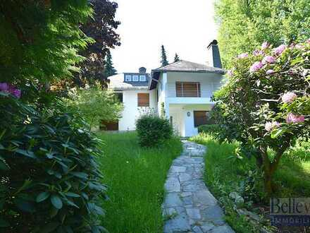 Freistehendes Haus mit großem Garten in familienfreundlicher Lage in Königstein im Taunus!