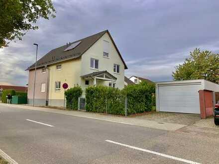Schönes Haus mit fünf Zimmern in Karlsruhe (Kreis), Stutensee - Staffort