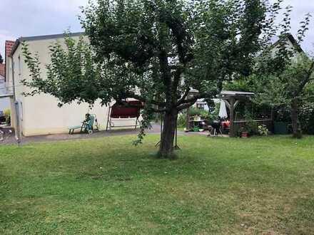 Charmantes Häuschen mit herrlichem Garten!