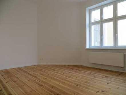 schöne helle 2-Zimmer-Wohnung mit Einbauküche im Wedding