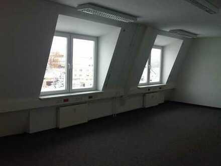 Attraktive Büro- oder Praxisräume in Kamenz in verschiedenen Größen zu vermieten