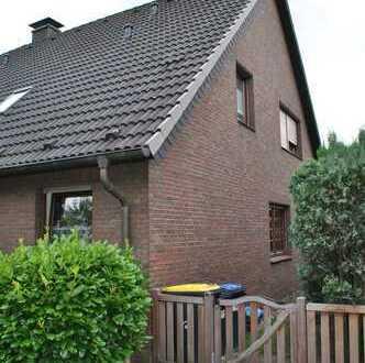 Dachgeschosswohnung mit Wohlfühlcharakter in DU-Huckingen