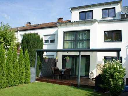 Wunderschönes KfW55 Haus in begehrter Lage in Ludwigsfeld