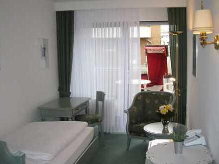 Traum-Einraumwohnung direkt am Weststrand in Norderney (Meerblick, Schwimmbad, Aufzug)