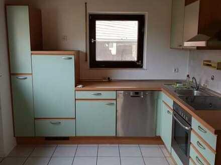 Vollständig renovierte 4,5-Raum-Wohnung mit Balkon und Einbauküche in Ilsfeld