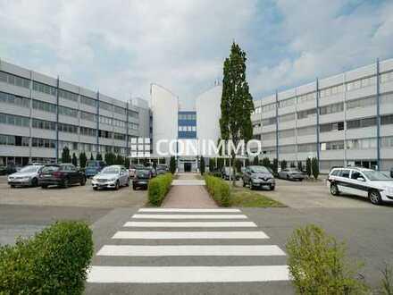 Moderne Messehalle mit ausgezeichneter Verkehrsanbindung in Langenhagen