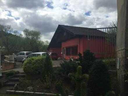 Bürogebäude mit Werkstatt und Lagerfläche in Mömbris