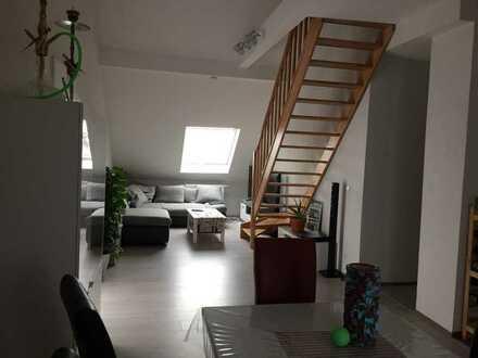 Vollständig kernsanierte 4-Raum-Dachgeschosswohnung mit Einbauküche und zwei Stellplätzen in Speyer