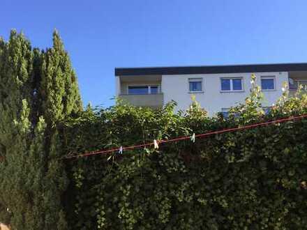 """Helle 2 Zi.-Wohnung und Treppensteigen sollte erwünscht sein. Nähe Sportzentrum """"Nass""""."""