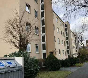 Provisionfrei! Gepflegte 3-Zimmer-Wohnung mit Balkon in Bickendorf, Köln