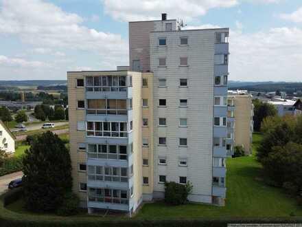 Geschmackvoll und hochwertig sanierte 3 Zi.-Wohnung mit Wintergarten, Aufzug und Tiefgarage