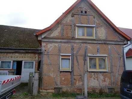 Nur 50% vom VKW für sanierungsbedürftiges EFH in Barchfeld. PROVISIONSFREI, da Zwangsversteigerung.