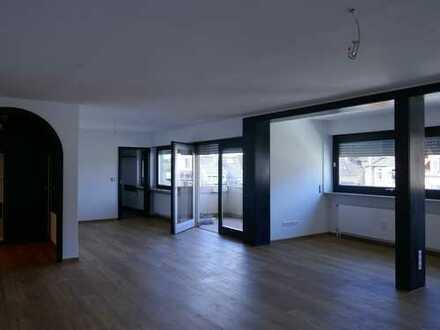 Sehr elegante 3,5 Zimmerwohnung zentral in Rohrbach