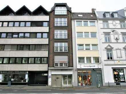 Schönes Wohn-und Geschäftshaus mit viel Potenzial in zentraler Lage in Bonn