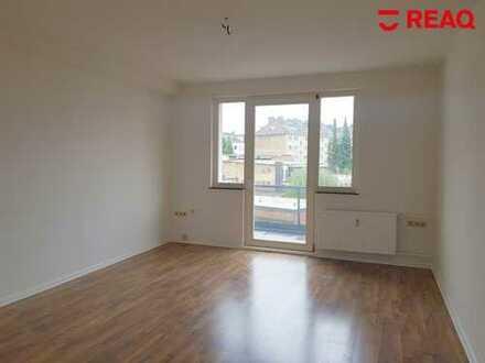 Studenten aufgepasst! Frisch renovierte 2-er WG Wohnung am Rande des Frankenberger Viertels!
