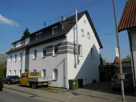 ! Vaihingen Enz ! Einfamilienhaus (DHH) mit großem Grundstück in Vaihingen/Enz (Stadtteil Horrheim)