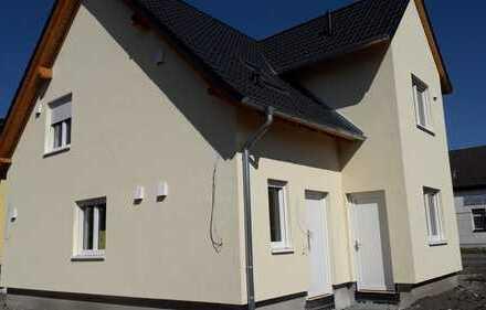 Schönes, geräumiges Neubau DHH mit zwei Zimmern in Barnim (Kreis), Wandlitz