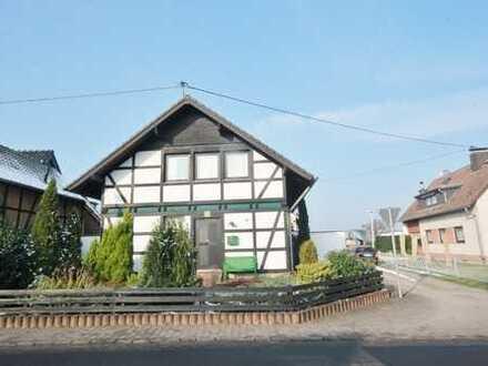 Individuelles Einfamilienhaus mit Garage in Bonn-Hoholz