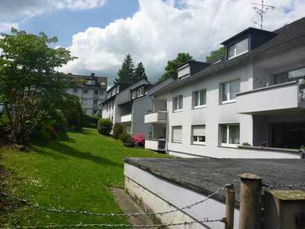 Essen-Heisingen: zur Kapitalanlage - ideal aufgeteilte ETW in gepflegtem 6-Familienhaus