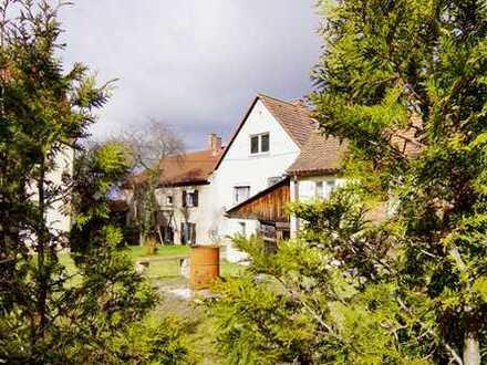 Ansbach: Mehrfamilienhaus mit ausbaufähigem Dachstuhl in top Lage sucht neuen Eigentümer!
