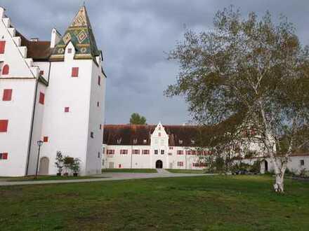 Exklusive Wohnung im historischen Renaissance Jagdschloss Grünau bei Neuburg zu vermieten