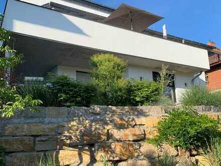 Exklusives Einfamilienhaus in Südhanglage