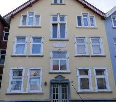 3-Zimmer-Wohnung im Erdgeschoss zu vermieten!
