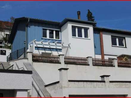 Einfamilienhaus als Doppelhaus in Tiengen