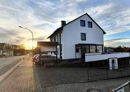 Tolle Wohnung mit 4 ZK Bad mit Dusche + Wanne und große Westterrasse + Garage