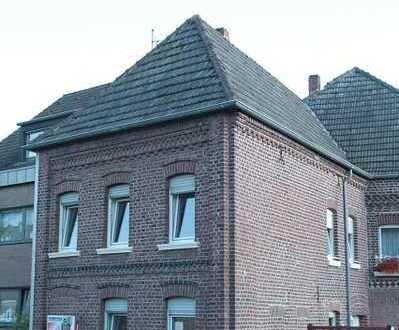 Gepflegte Wohnung/Haus mit drei Zimmern in Mönchengladbach