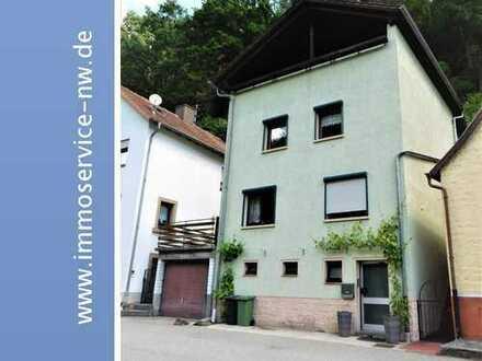Naturfreunde aufgepasst! Großzügiges Einfamilienhaus in ruhiger Lage von Elmstein