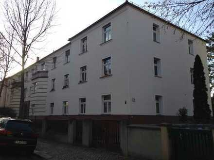 Vollständig renovierte, gut geschnittene 3-Zimmer-Wohnung mit Loggia in Dresden-Trachau