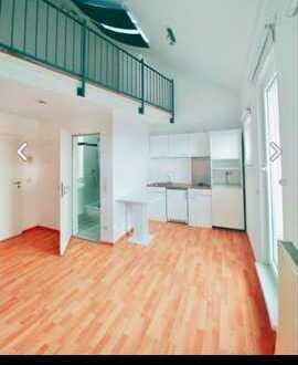 Geschmackvolle 1-Raum-Maisonette-Wohnung mit Balkon und EBK in Kaiserslautern