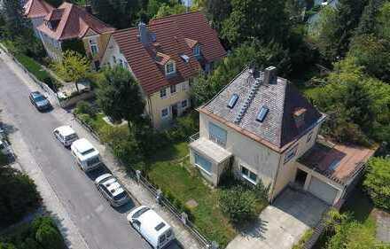 Charmantes Haus in absolut ruhiger, gewachsener und sonniger Lage direkt am Westpark!