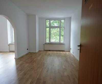 City- und Uninahe 1. OG-Wohnung mit großem Balkon