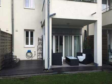 Exklusive 2-Zimmer-Erdgeschosswohnung mit Terrasse/Garten und EBK | Nähe Klinikum