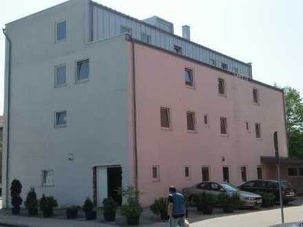 Gewerbeobjekt für vielfältige Nutzungsmöglichkeiten in Ingolstadt Nordost