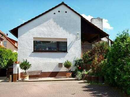 Sehr schönes freistehendes Haus in Nauheim