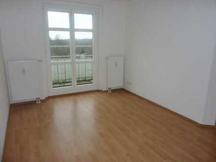 Süße helle 2-Raum mit Balkon in Hilbersdorf freut sich, gekauft zu werden!!!