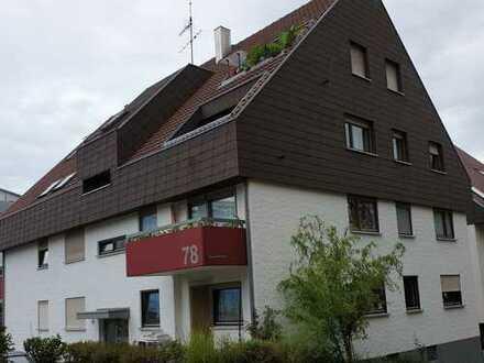 Ansprechende 2-Zimmer-Dachgeschosswohnung mit Balkon in Esslingen (Kreis)