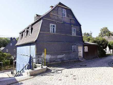 Leerstehendes Wohnhaus in Lößnitz