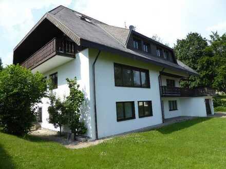 Modernisierte 4-Zimmer-Wohnung mit Balkon in Lenzkirch-Saig